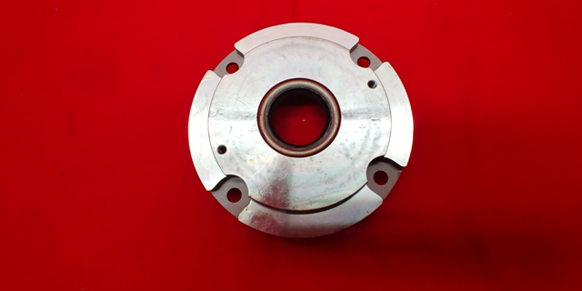 NV4500 Bearing Retainer (96 and Up)
